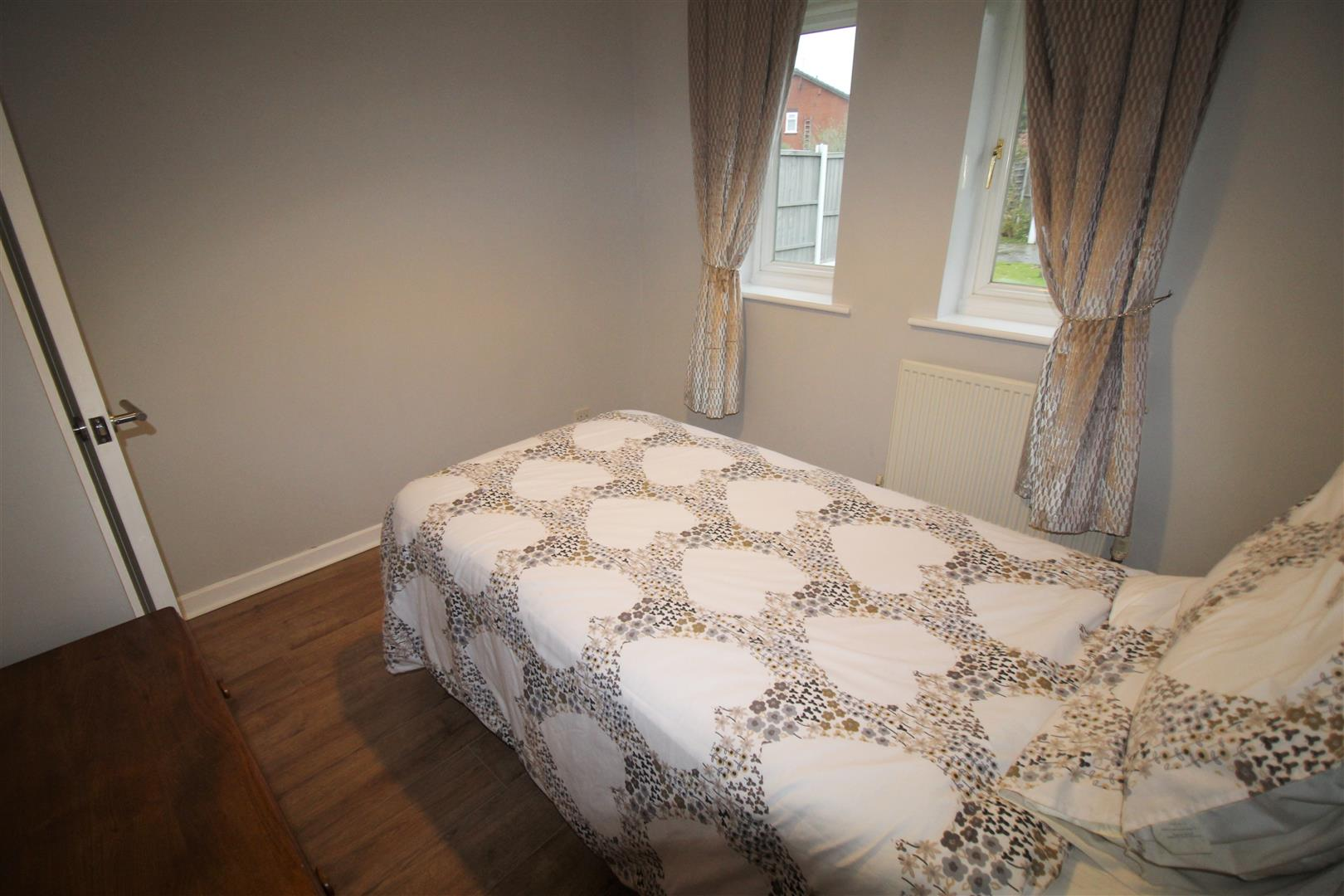 2 Bedrooms, Bungalow - Semi Detached, Darmonds Green Avenue, Liverpool